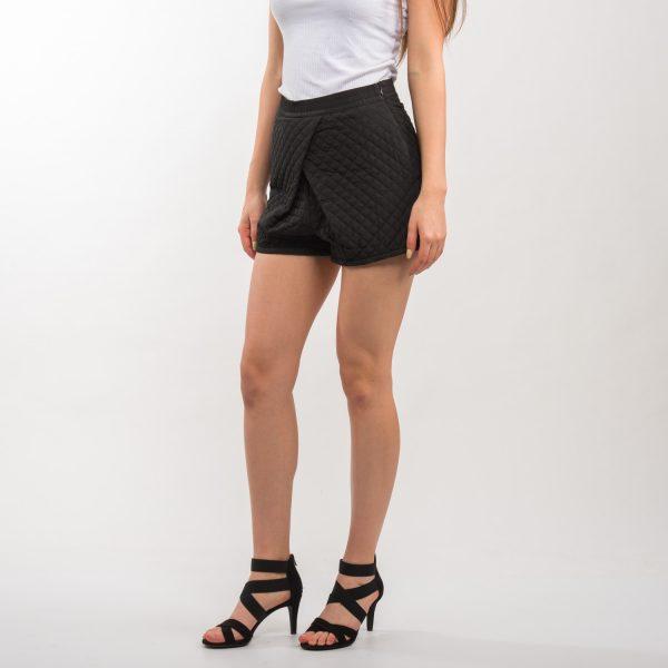 Zara fekete elől hajtogatott rövidnadrág