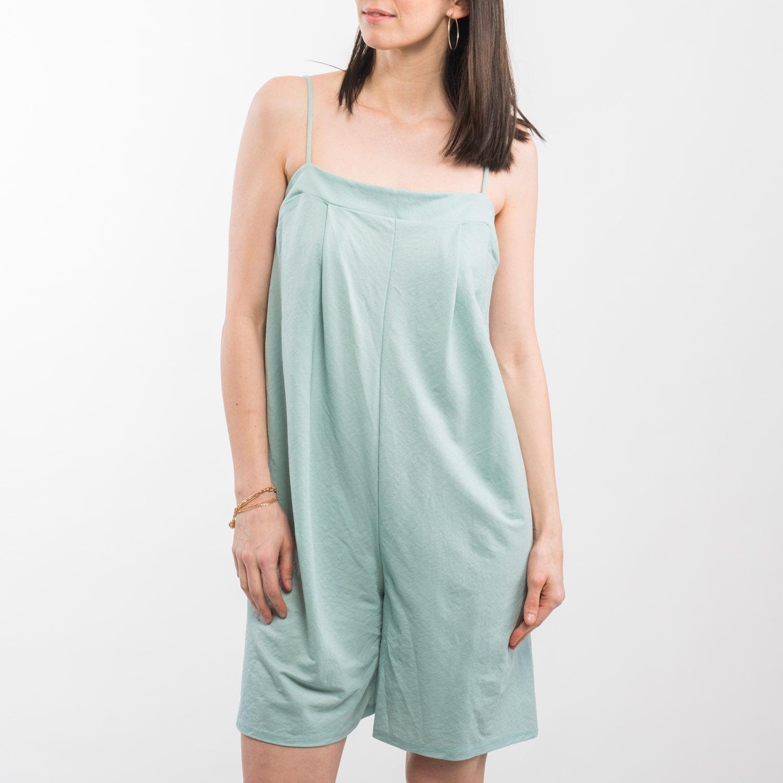 Zara menta ruha